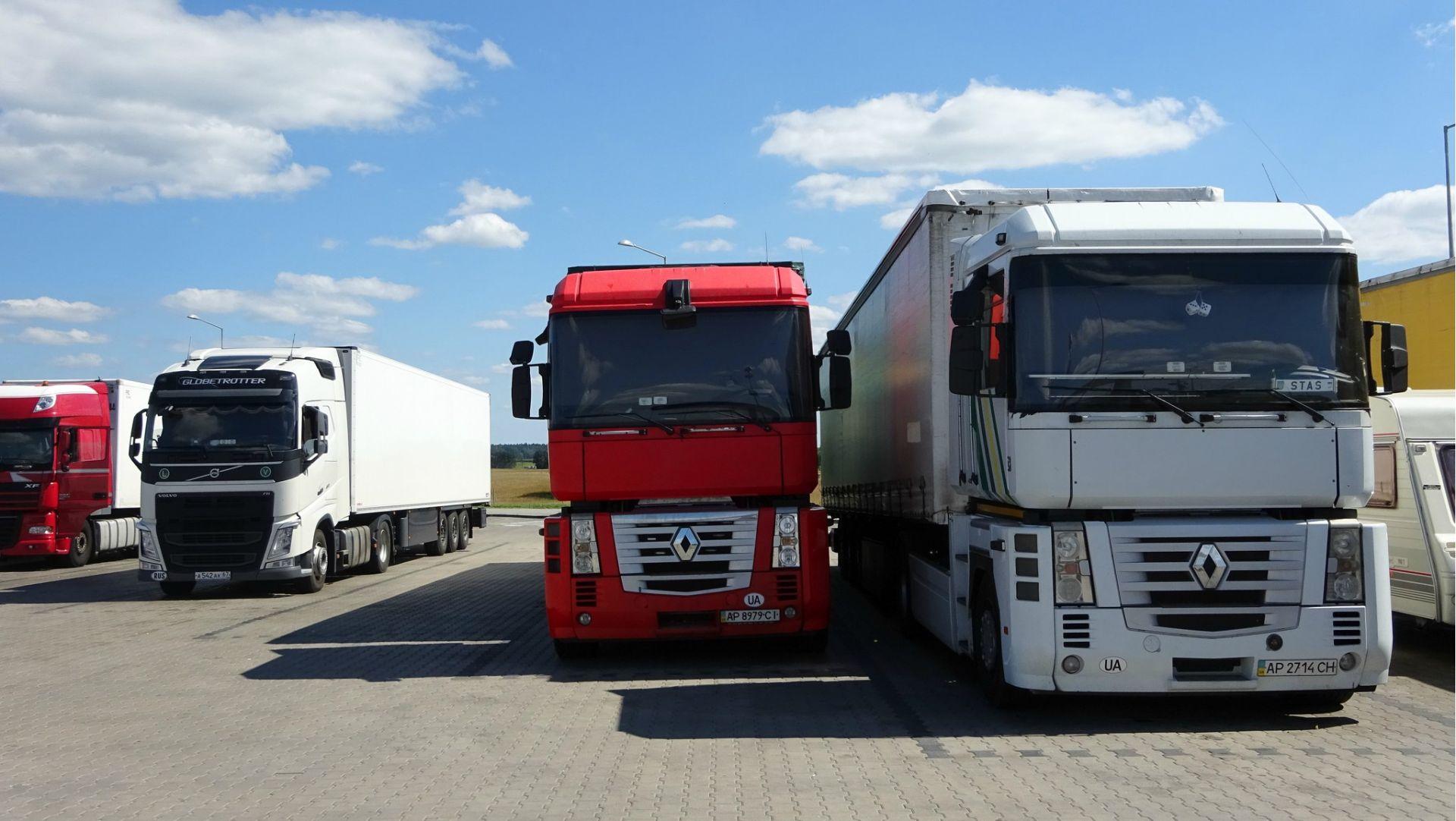 Уряд – про дозволи на міжнародні вантажні автоперевезення