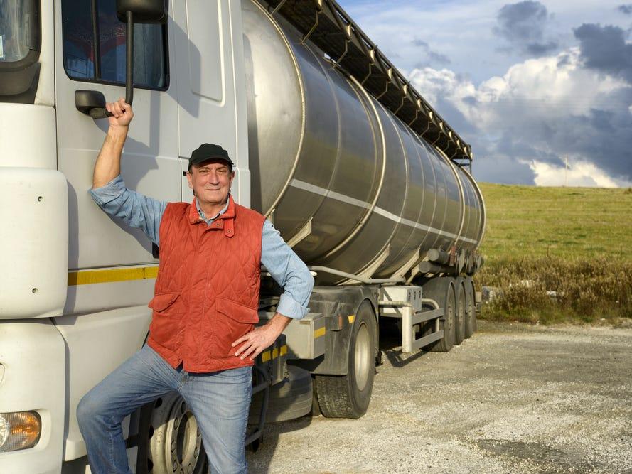"""Водіям вантажівок """"світить"""" перенавчання й іспити, – Мінінфраструктури"""