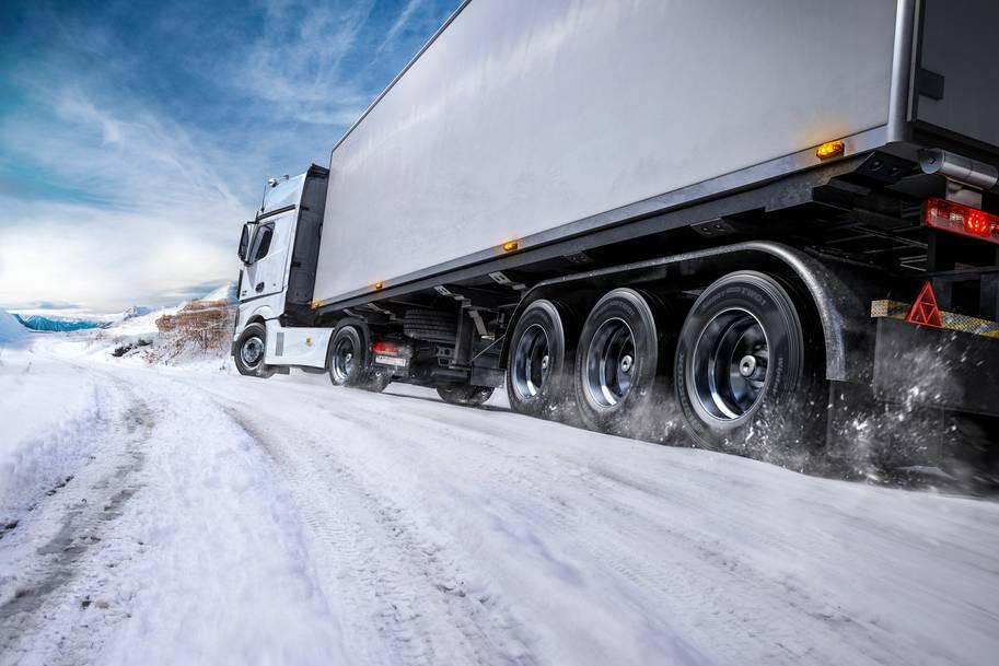 У Німеччині – нові правила щодо зимових шин у вантажівках