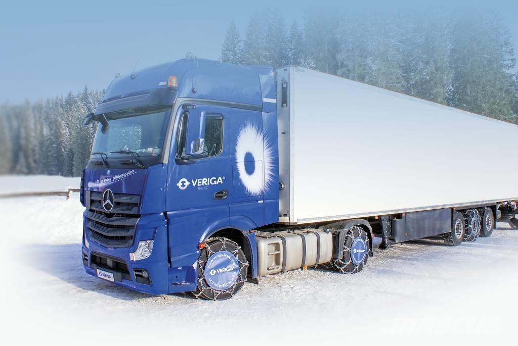 Франція ухвалила жорсткіші вимоги щодо зимових шин і ланцюгів