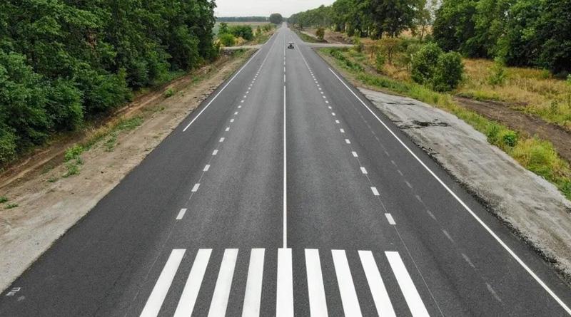 Усі міжнародні й національні дороги України покриють швидкісним інтернетом