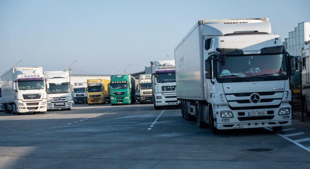 У малих транспортних компаній – великі проблеми, у великих – великі закупівлі машин