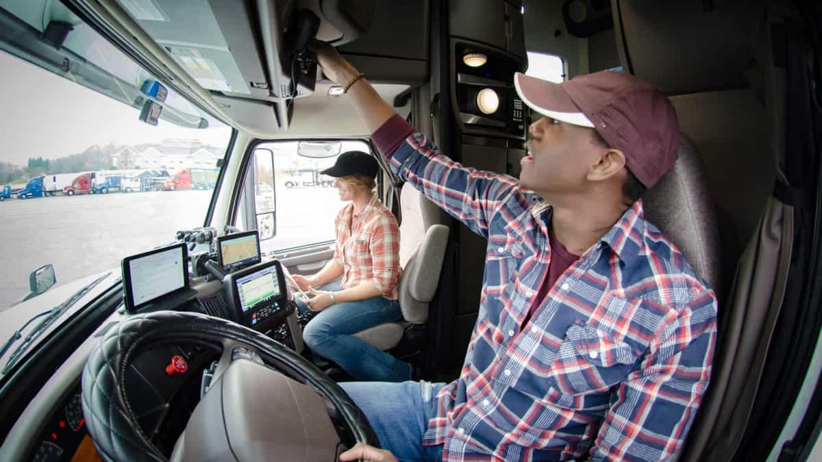 Водії можуть підзаробити на створенніелектронних карт для вантажівок