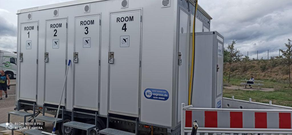 Безкоштовні душові кабіни для водіїв вантажівок у Німеччині ще попрацюють