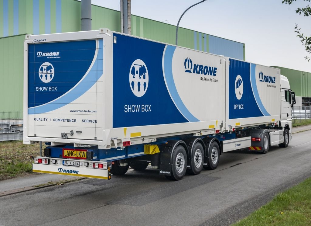 Новий напівпричіп Krone Swap Liner для двох кузовів BDF