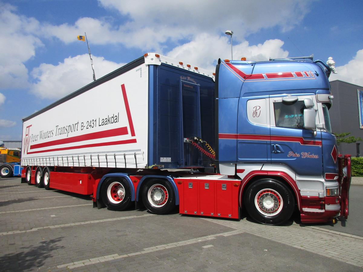 """Бельгія скасувала """"ковідну"""" Декларацію для водіїв вантажівок"""
