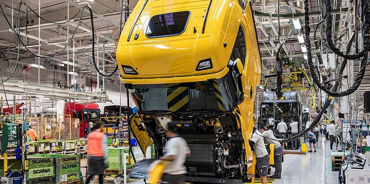 Російська агентура... Шпигунський скандал на заводах Scania та Volvo