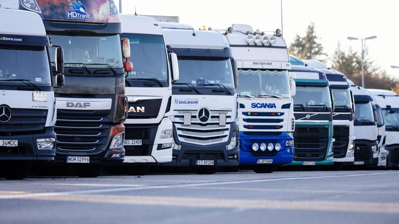 """""""Укравтодор"""" погодився виділити 100 мільйонів на новий відстійник для вантажівок"""