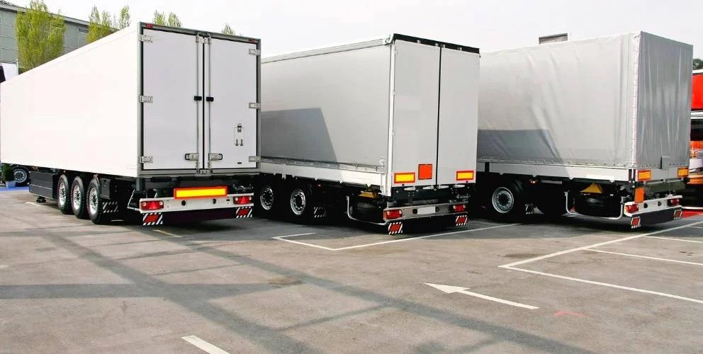 Літні обмеження на рух вантажівок в Україні та Білорусі