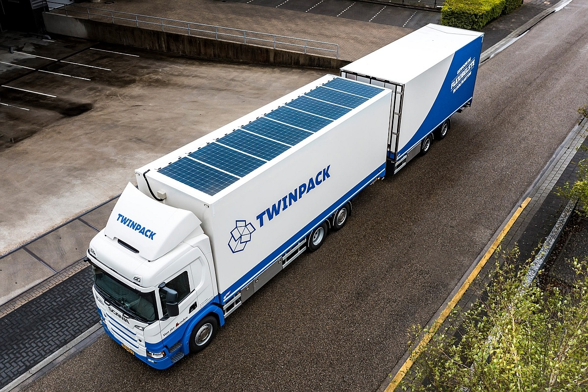 Вантажівку Scania G370 дозволили оснащувати сонячними панелями