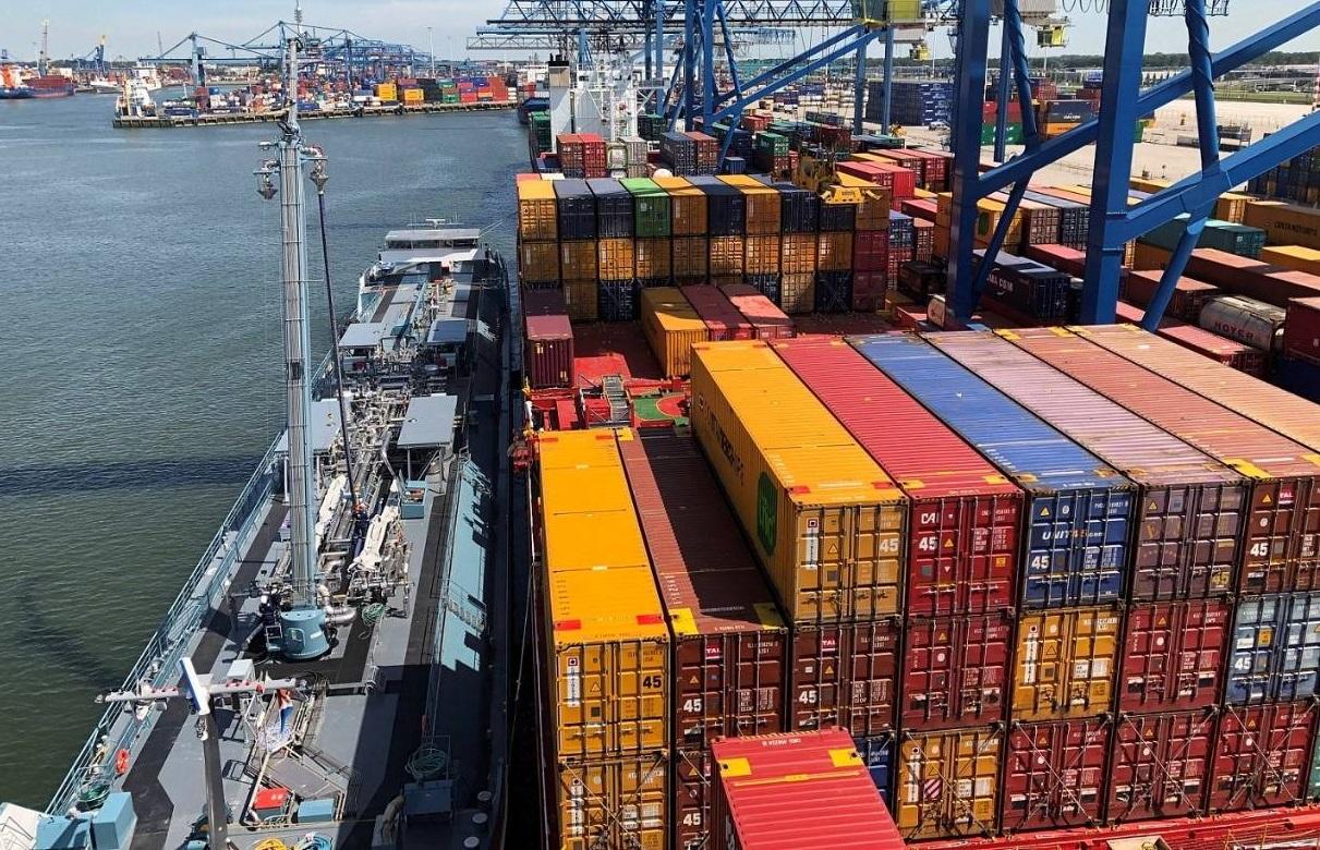 У морських перевезеннях - рекорд цін і запізнень