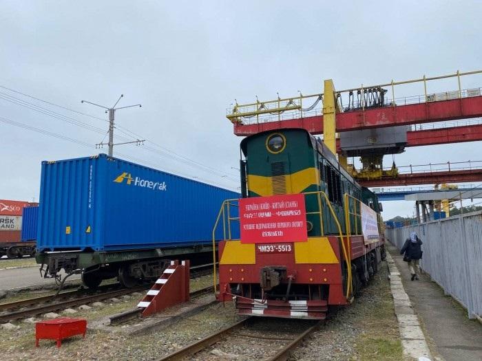 Наш перший контейнерний поїзд до Китаю